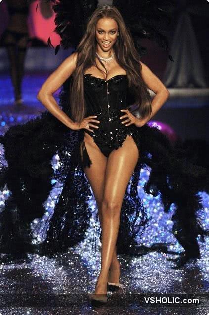Victoria's Secret Fashion Show 2005