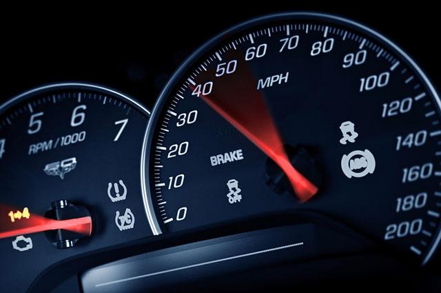Quanto mais veloz estiver o carro, mais combustível ele precisará queimar para rodar