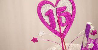 Aniversário: modelos de convites para festa de 15 anos. Aprenda a fazer