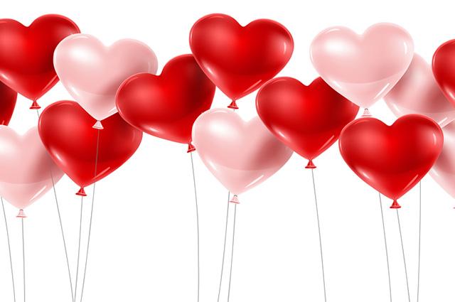 Mesa do noivado pede balões românticos
