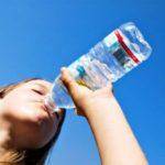 Benefícios para saúde de tomar água regularmente
