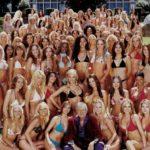 Biografia do empresário Hugh Hefner, o dono da revista Playboy