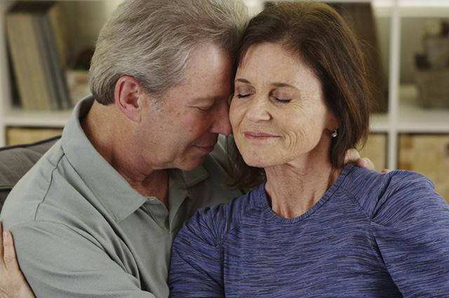 Um casal unido na fé torna os laços do matrimônio mais firmes