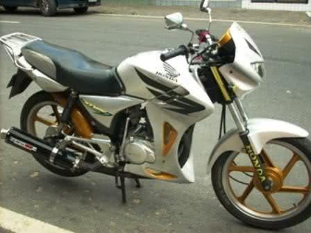 CG 150 Tunada