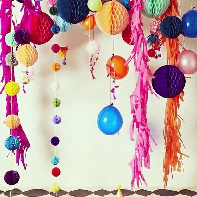 As bexigas não são apenas para enfeitar aniversários, mas sim também festas de Carnaval