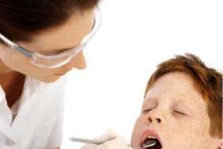 Profissão de dentista (curso de odontologia e salário médio)