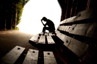 Depressão e pensamento suicida: Veja sintomas e formas de tratar