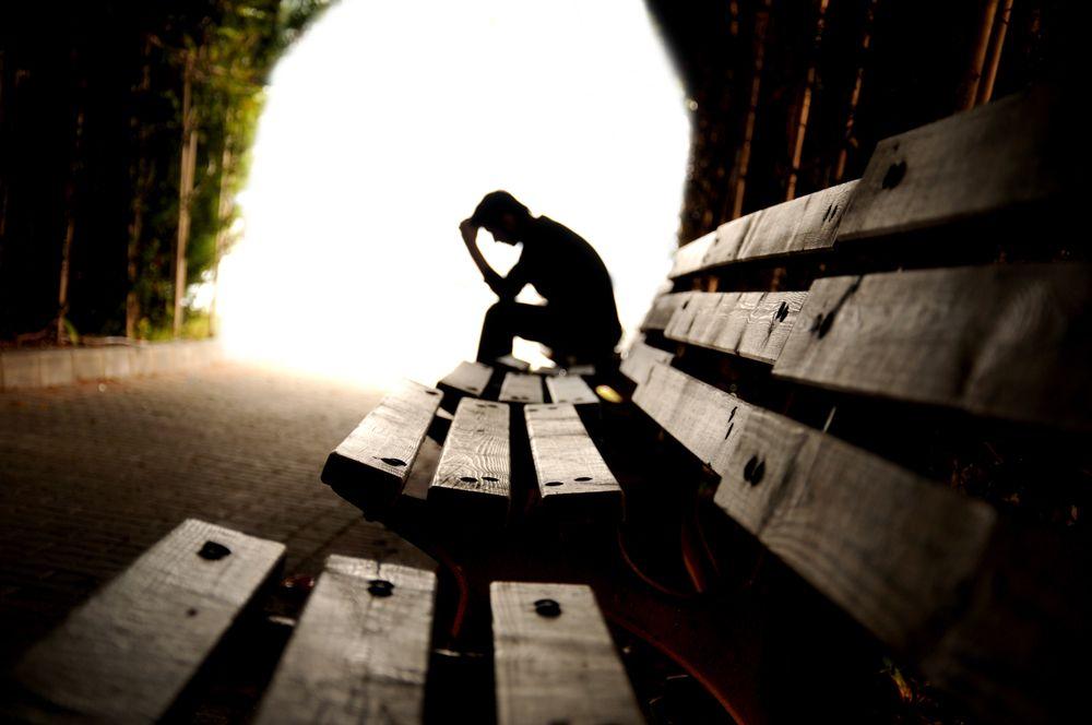 Depressão e pensamento suicida: Veja sintomas e formas de tratamentos