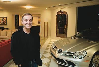 Eike Batista em sua mansão