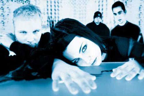 Evanescence em ensaio fotográfico