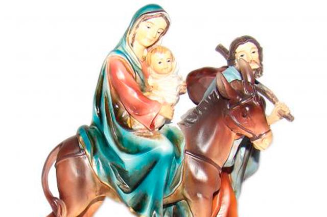 Rogue preces por Nossa Senhora do Desterro para afastar pessoas