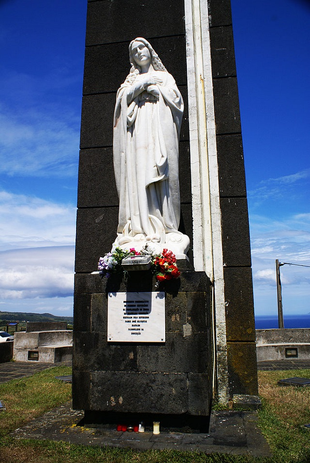 Foto de estátua de Nossa Senhora da Conceição