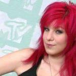 Fotos de cortes de cabelos femininos pintados de rosa