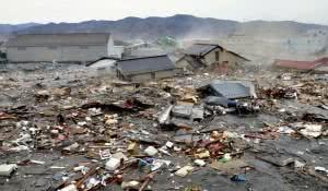 fotos-e-videos-do-tsunami-no-japao-2011
