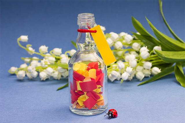 Aposte na garrafa dos desejos para a mesa do noivado