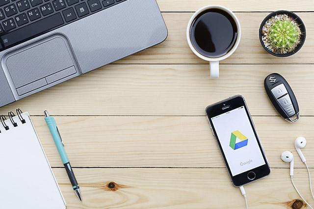 É possível acessar seu Google Drive usando qualquer dispositivo portável com internet