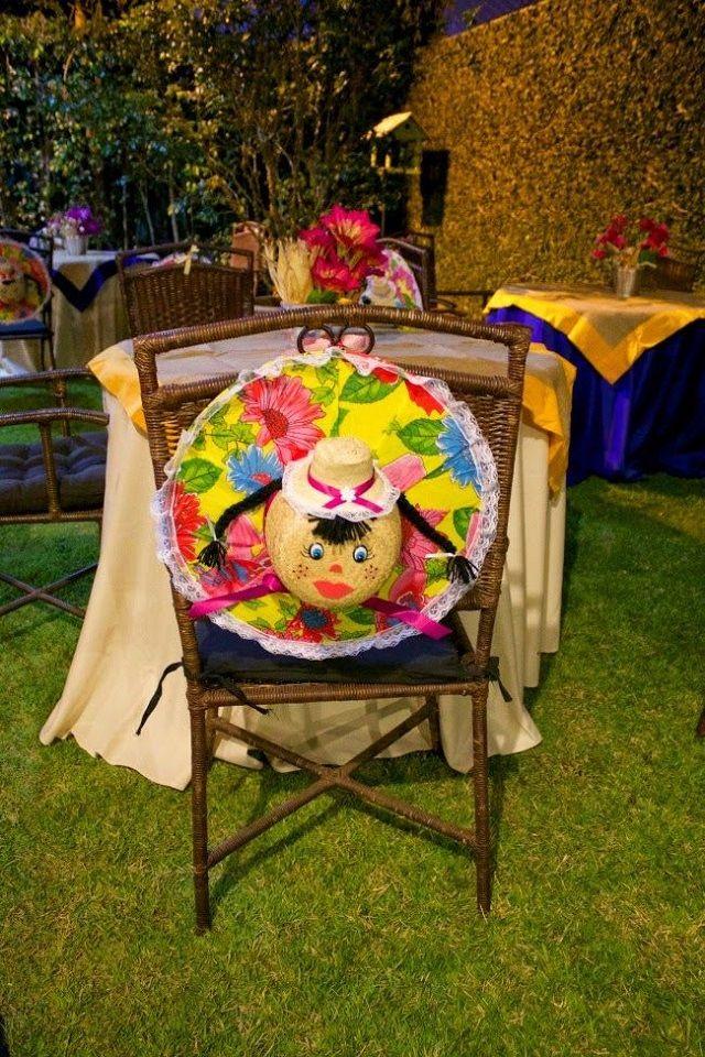 Decoração de festa junina - Cadeiras