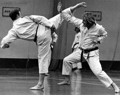 Golpe de karate