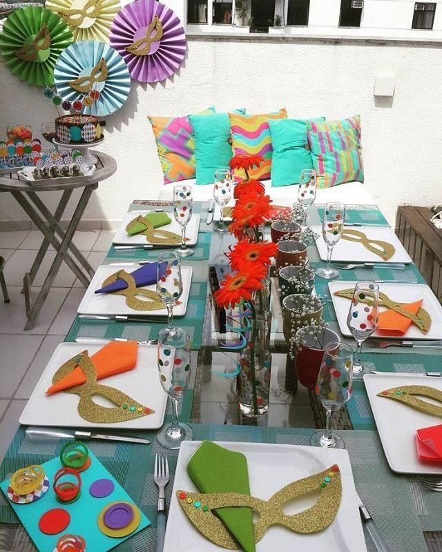 Decorações de Carnaval também devem tomar conta da sua mesa