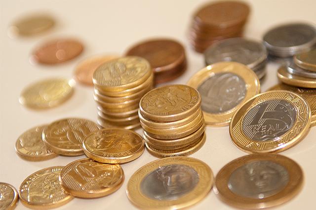 Moedas de R$ 1 é o principal 'ingrediente' desta simpatia para ganhar na loteria