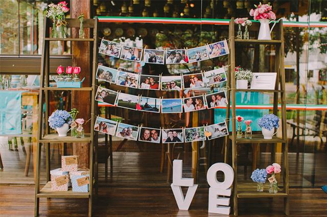 Há muitas ideias para eliminar a dúvida quanto a o que colocar sobre a mesa do noivado