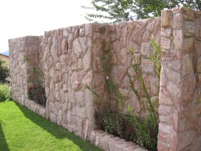 muro-residencial-pedras-2