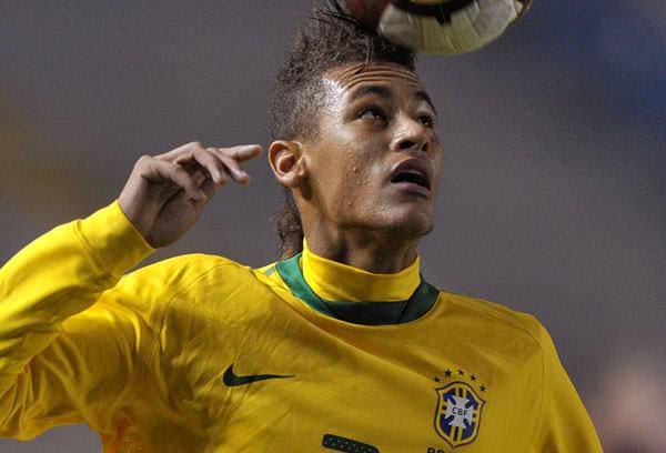 Neymar em jogada
