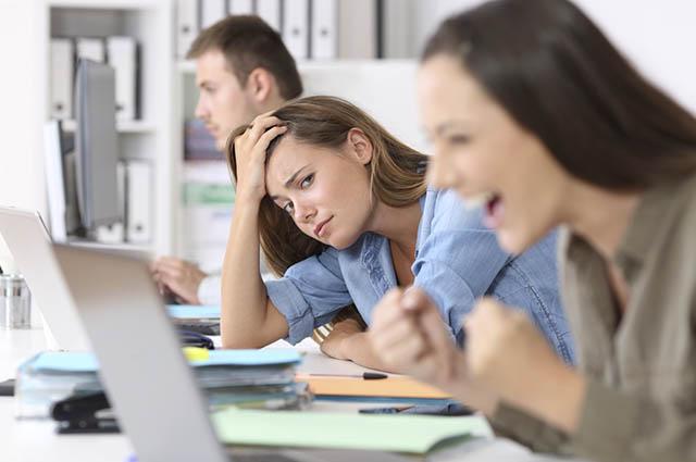 Com o hábito das orações é possível perceber o aumento da harmonia no ambiente de trabalho