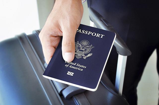 O primeiro passo é abrir um boletim de ocorrência em caso de perda de passaporte