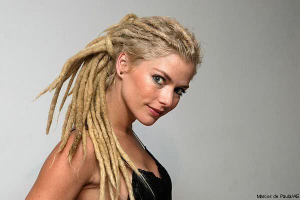 Rastafári em cabelo feminino