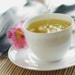 Receita de chá contra dores estomacais (estômago)