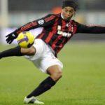 Vídeos de gols e dribles do craque Ronaldinho Gaúcho