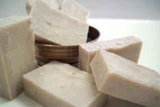 Receita caseira de sabão usando óleo de cozinha