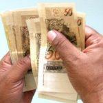 Carta com pedido de aumento de salário