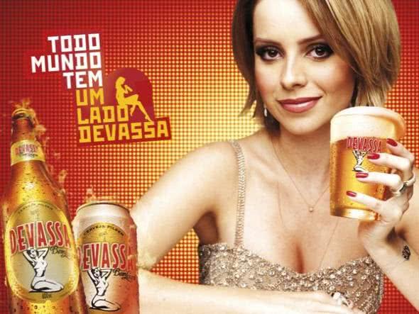 Propaganda para a cerveja Devassa