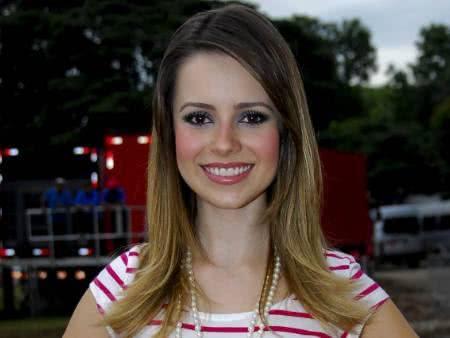 Foto da cantora Sandy | Imagem: Fábio Guinalz/AgNews