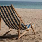 Sonhar com cadeira de praia