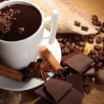 Sonhar com chocolate quente