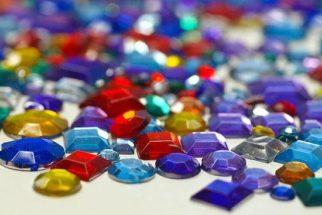 Sonhar com pedras (preciosas)