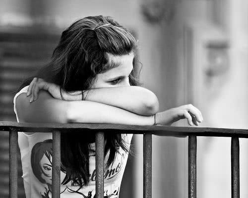 O que significa sonhar com tristeza?