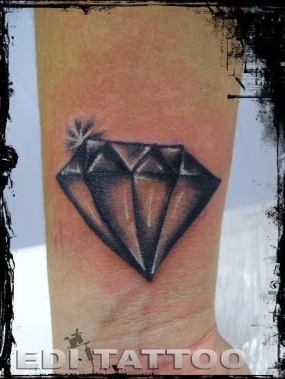 tatuagem-diamante-3d-5