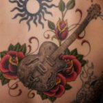 Tatuagens de Guitarras – Fotos destas tattoos