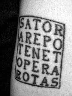 Tatuagem em latim