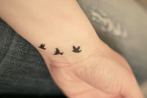 Conheça Os Significados E Veja Fotos De Tatuagens De Pássaros