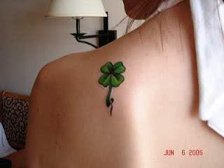 tatuagem-trevo-ombro-3