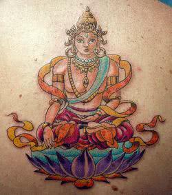 Tattoo de Buda colorida